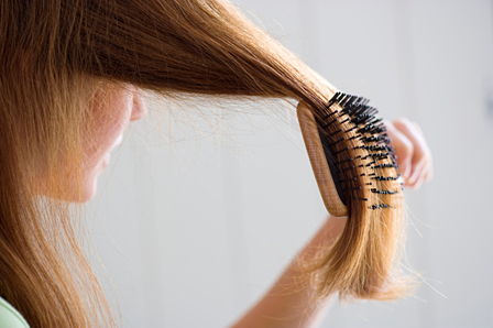 как правильно рачесывать волосы?