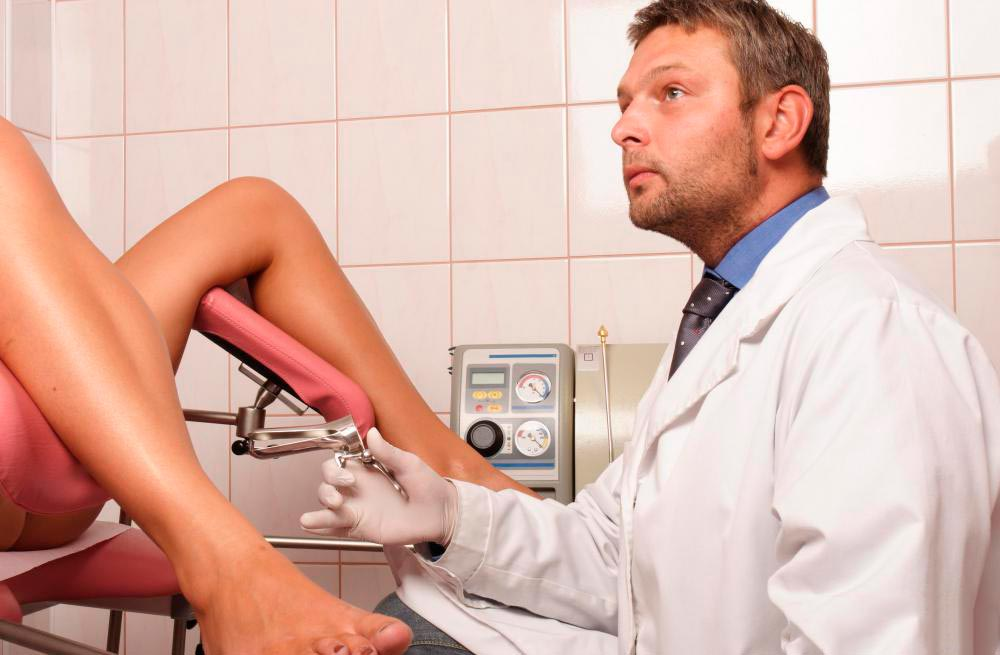 гинеколог на осмотре смотреть онлайн звонила